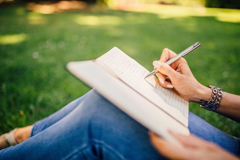 書評をブログで書くメリット・デメリット